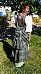 Click image for larger version.  Name:Hollyhighlandoutfit1.jpg Views:14 Size:123.7 KB ID:29108