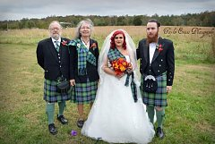 Click image for larger version.  Name:weddingfamily2.jpg Views:60 Size:37.3 KB ID:35473