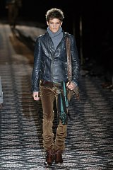 Click image for larger version.  Name:mens-gucci-6.jpg Views:3 Size:84.1 KB ID:21385